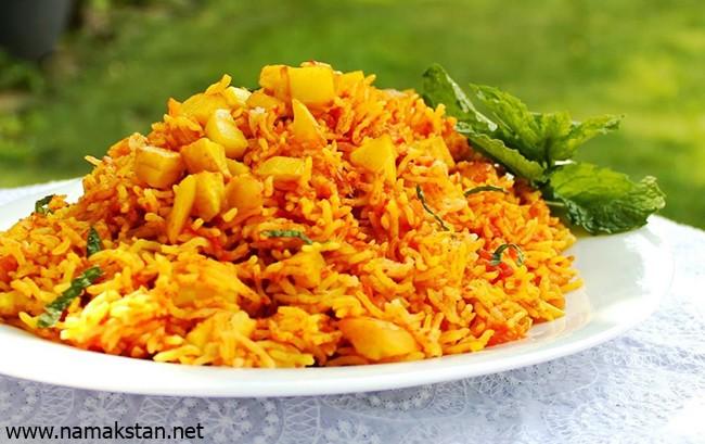 طرز تهیه سیب پلو کرمانشاهی غذای خوشمزه ایرانی
